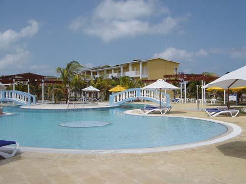 20130507190522-piscina.jpg