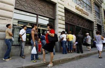 """En Cuba los de """"a pie  quieren cambios"""""""