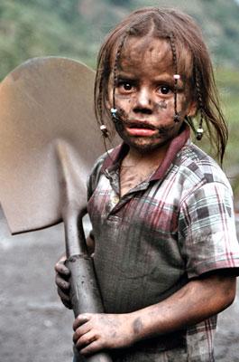 Niños y niñas cubanos no viven del trabajo