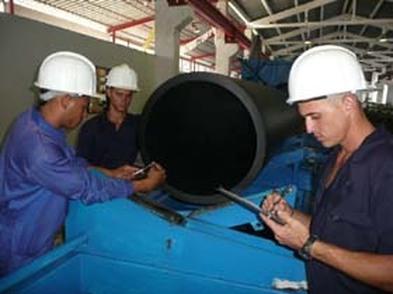 Comercializan más de 200 kilómetros de tubos de alta densidad desde Ciego de Ávila