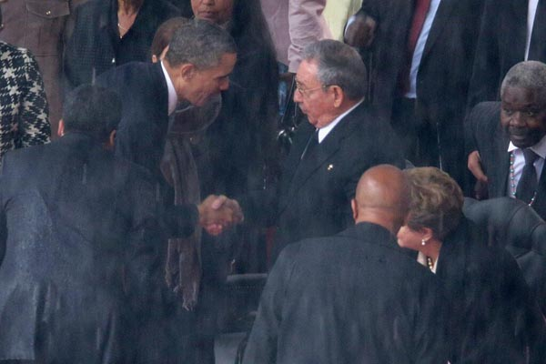 Barack Obama Vs. Raúl Castro: ¿Solo un apretón de manos?